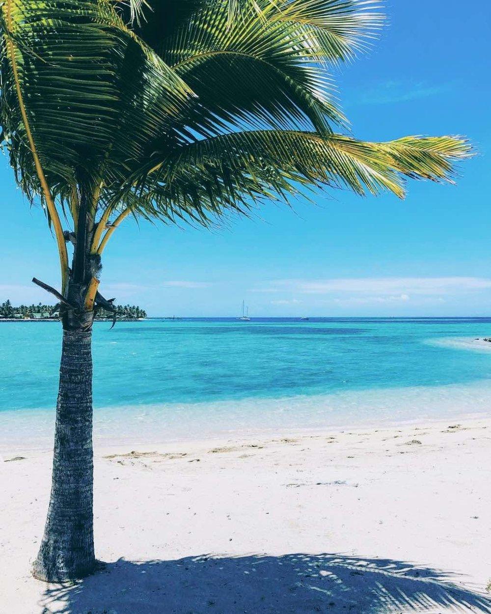 Beach at Malolo Lailai Island in the Fiji archipelago