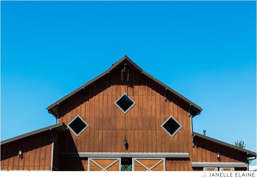 janelle elaine photography-carleton farms-washington-wedding-lake stevens-2.jpg