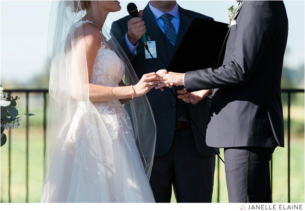 janelle elaine photography-carleton farms-washington-wedding-lake stevens-224.jpg