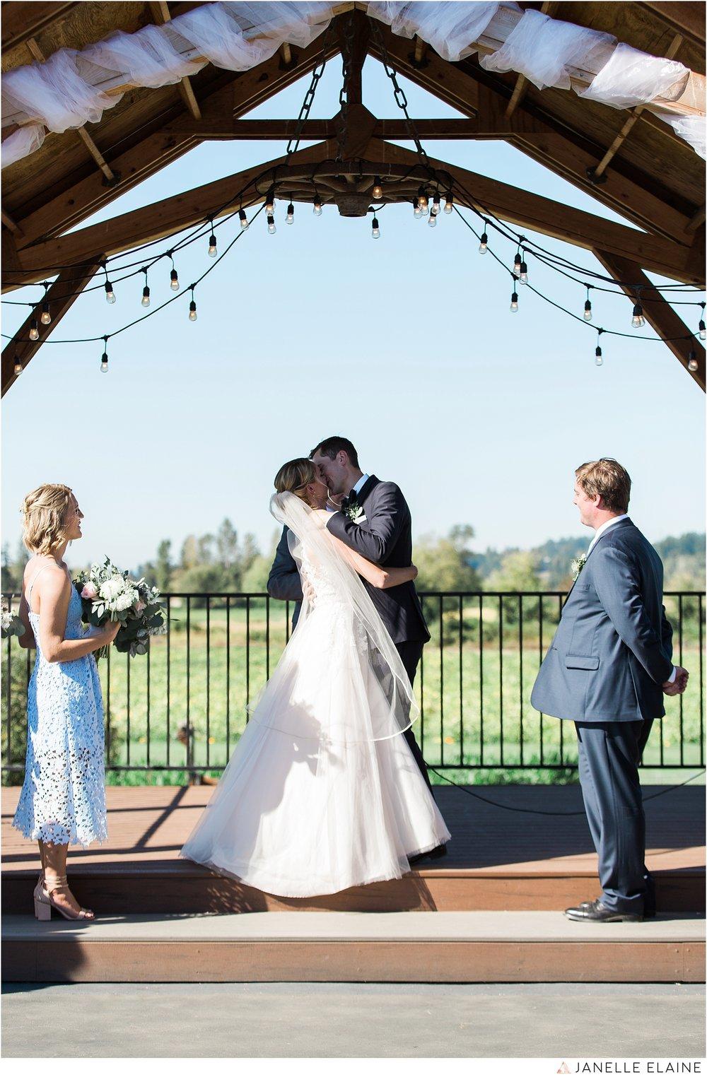 janelle elaine photography-carleton farms-washington-wedding-lake stevens-225.jpg