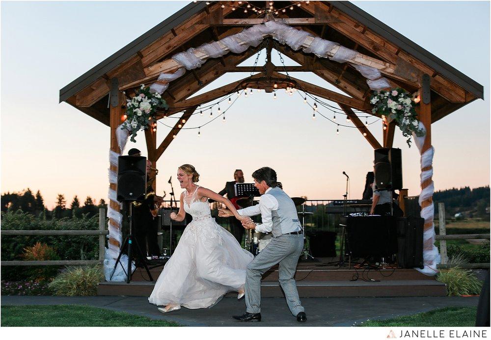 janelle elaine photography-carleton farms-washington-wedding-lake stevens-319.jpg