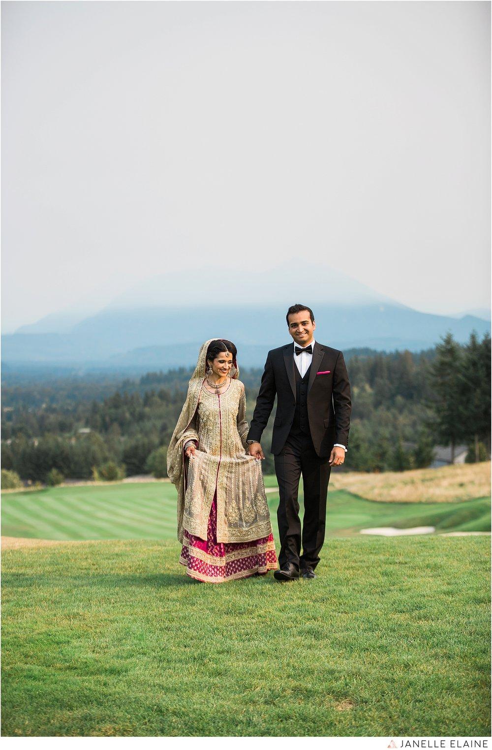 janelle elaine photography-the club at snoqualmie ridge-washington-wedding-photography-portraits-129.jpg