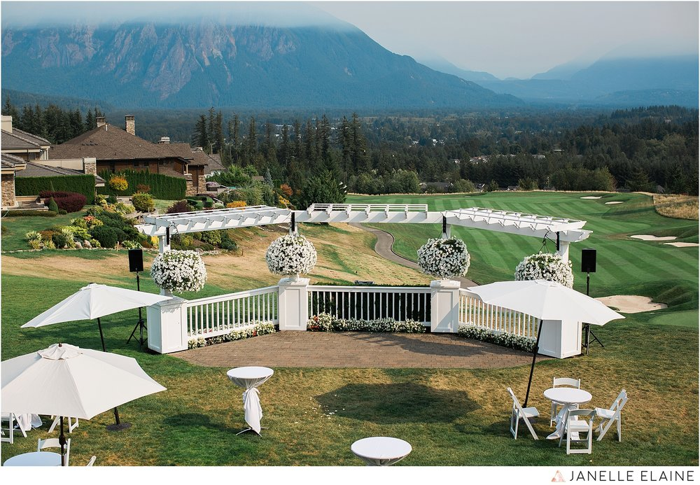 janelle elaine photography-the club at snoqualmie ridge-washington-wedding-photography-reception-2.jpg