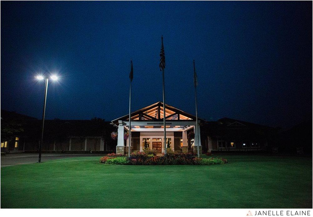 janelle elaine photography-the club at snoqualmie ridge-washington-wedding-photography-reception-70.jpg
