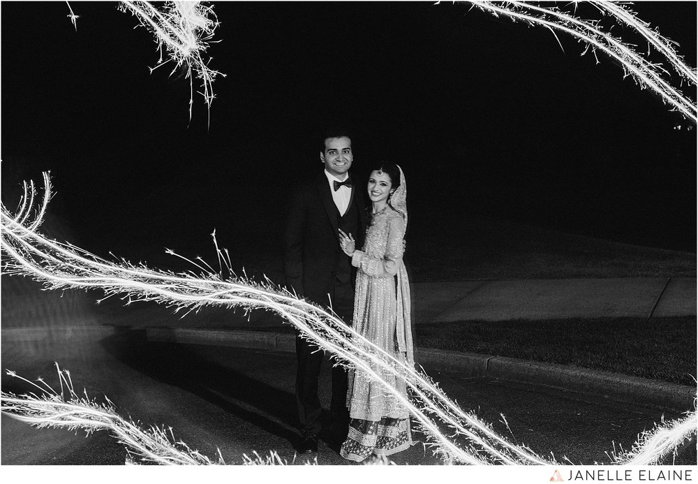 janelle elaine photography-the club at snoqualmie ridge-washington-wedding-photography-reception-113.jpg