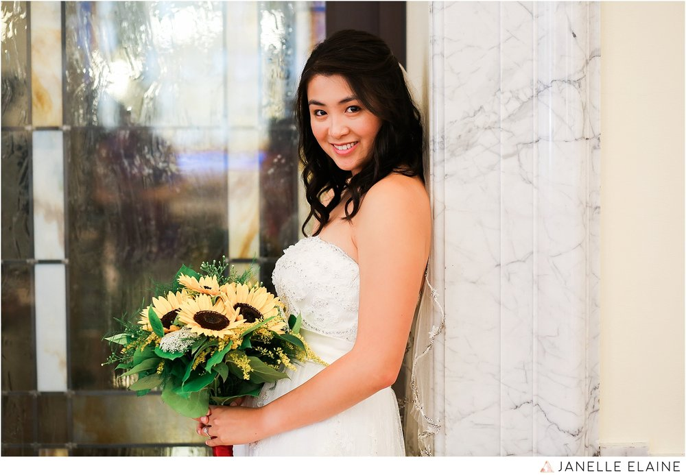janelle elaine photography-professional wedding photographer seattle--26.jpg
