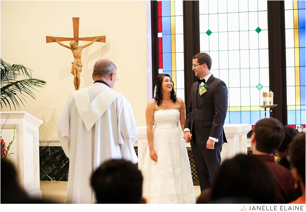 janelle elaine photography-professional wedding photographer seattle--42.jpg