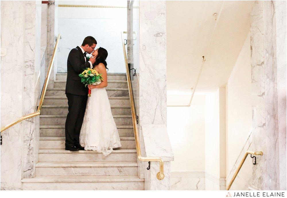 janelle elaine photography-professional wedding photographer seattle--73.jpg