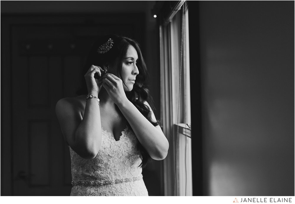 janelle elaine photography-professional wedding photographer-seattle-bellevue-robinswood house-99.jpg