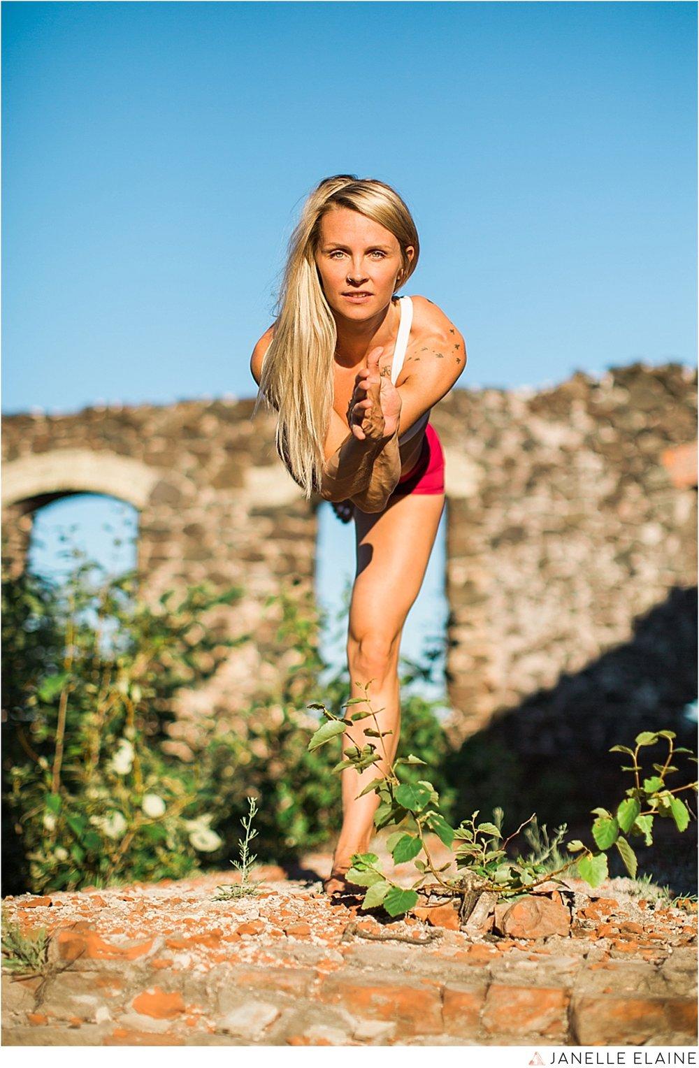 tasha yoga portrait-janelle elaine photography-upper mi-65.jpg