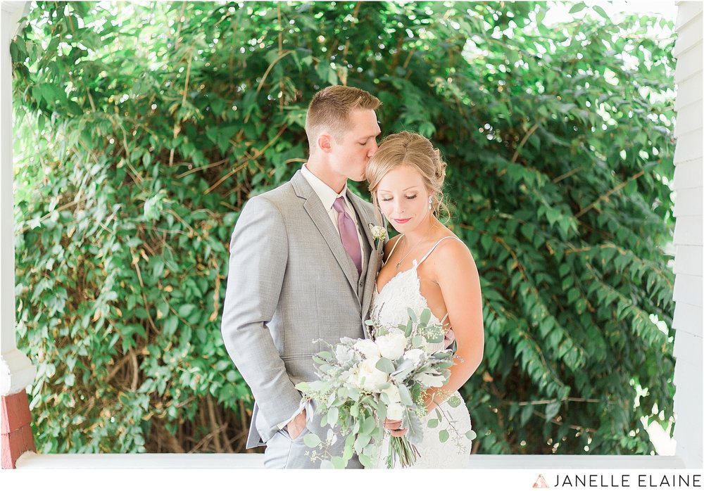 warnsholz-wedding-michigan-photography-janelle elaine photography-79.jpg