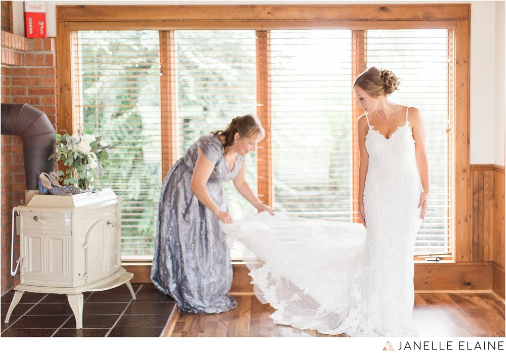 warnsholz-wedding-michigan-photography-janelle elaine photography-25.jpg