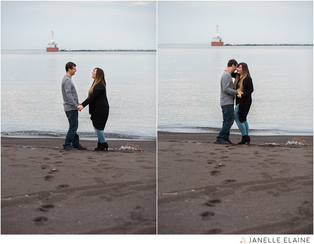 seattle-washington-engagement-photographers-janelle elaine-88.jpg