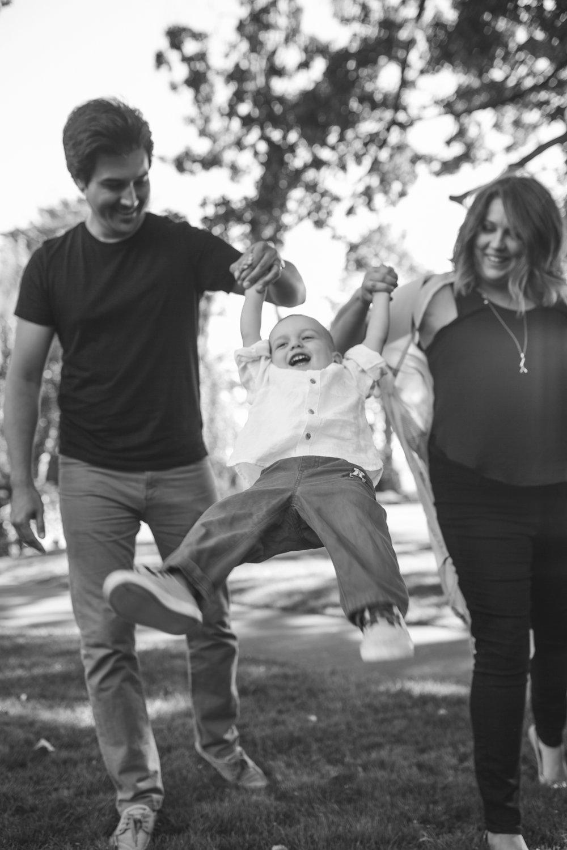 Agbayani Family-7.jpg