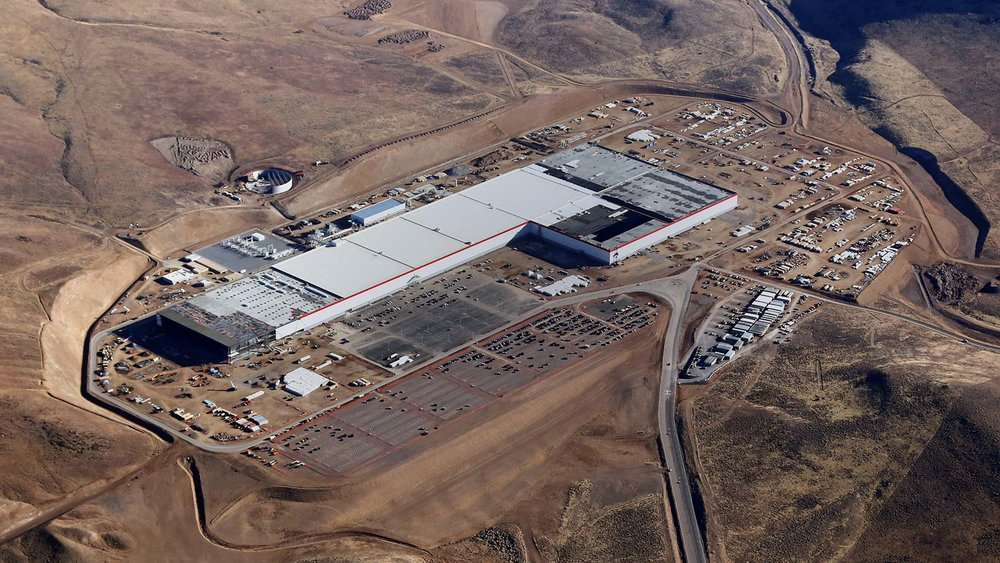 | Source: Tesla | Nevada Gigafactory construction progress in early 2017.