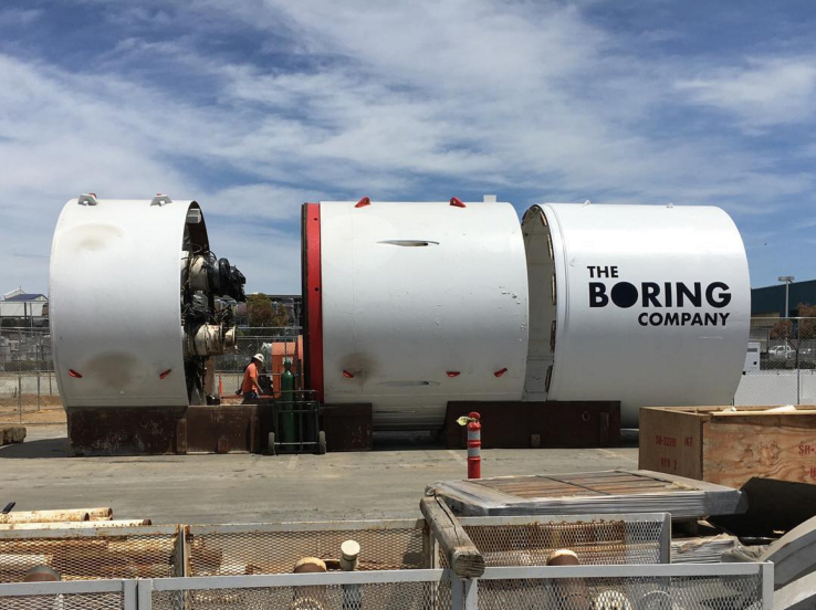 | Soucrce: TechCrunch | The boring machine that Musk is using to carve out tunnels around his Space X facility.