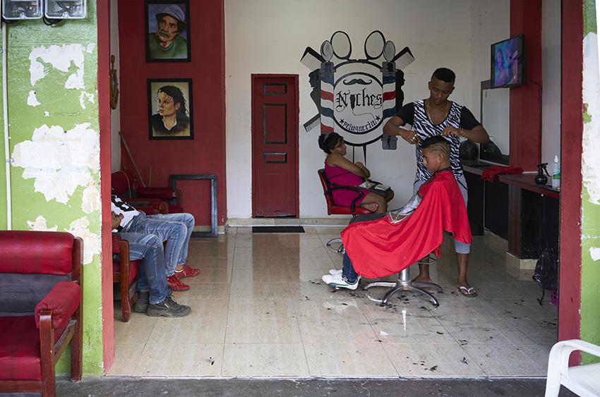 Barber_ShopW.jpg