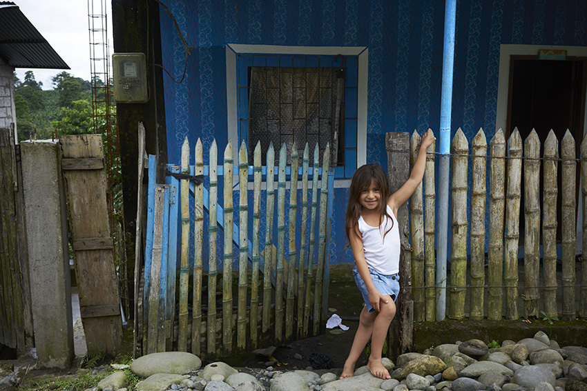 Blue_GirlW.jpg