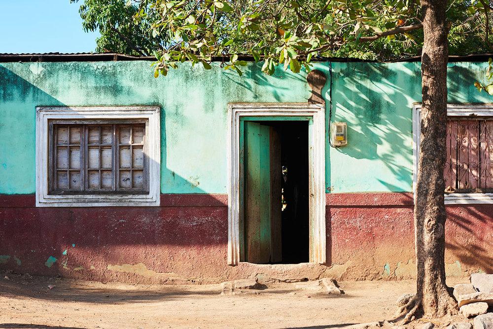 Boarded_Up_Web_Sabaneta_Nicaragua.jpg