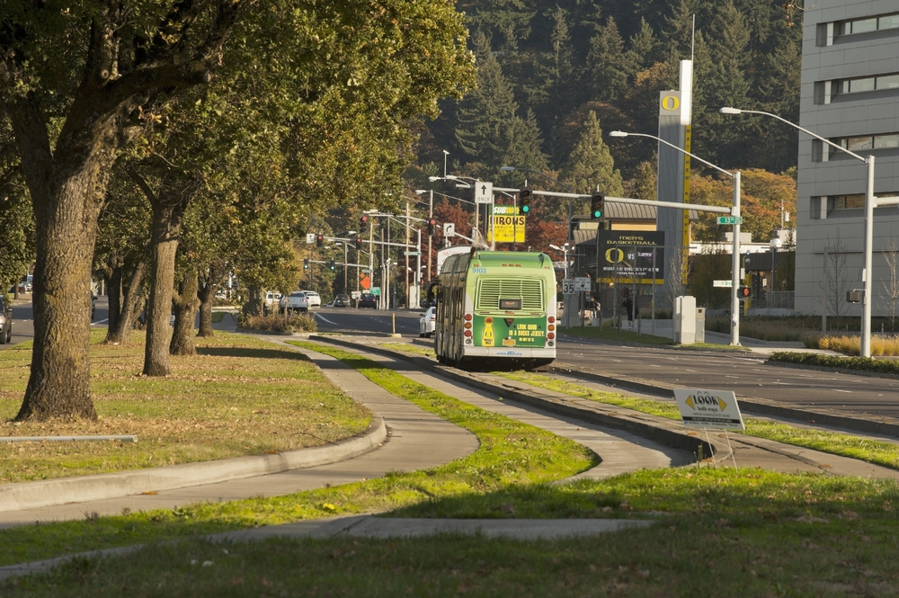 Eugene, Oregon's EmX: Segregated (and permeable) lanes