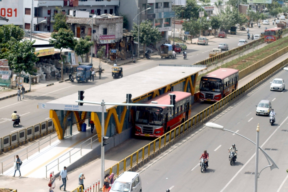 Pune's Rainbow BRT: Median segregated lanes & iconic stations