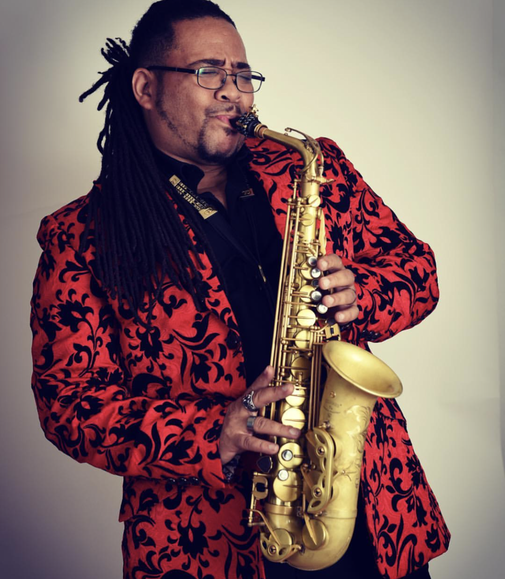 Eddie Baccus Jr. - After 15 years of recording and touring with famed urban jazz ensemble Pieces of a Dream from 1995 to 2010, saxophonist Eddie Baccus Jr stepped out on a lush, soulful and funky