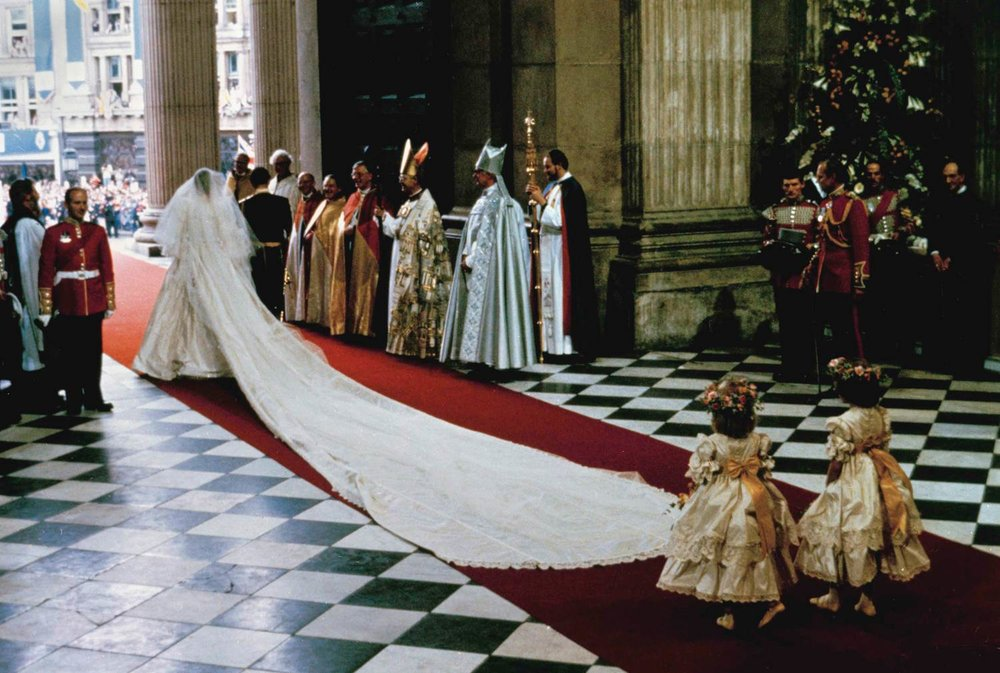 ss-110111-charles-diana-wedding-08.today-ss-slide-desktop.jpg