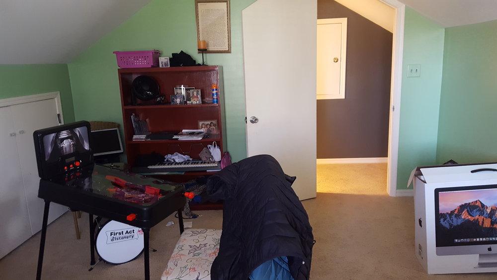 Cara Guest Room 5.jpg