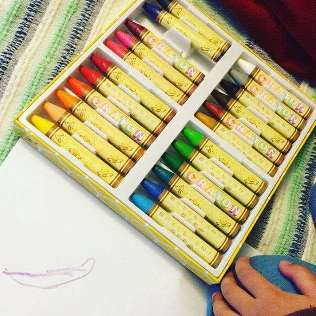 Loving my sons new Brilliant Bee Crayons ! #arttime #ooly #brilliantbeecrayons