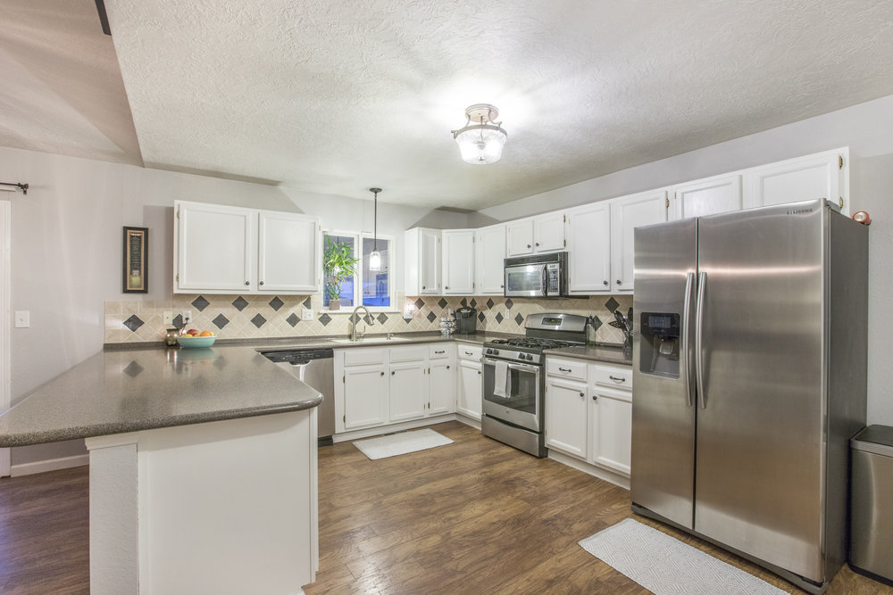 4946W2ndSt-LARGE-9.jpg