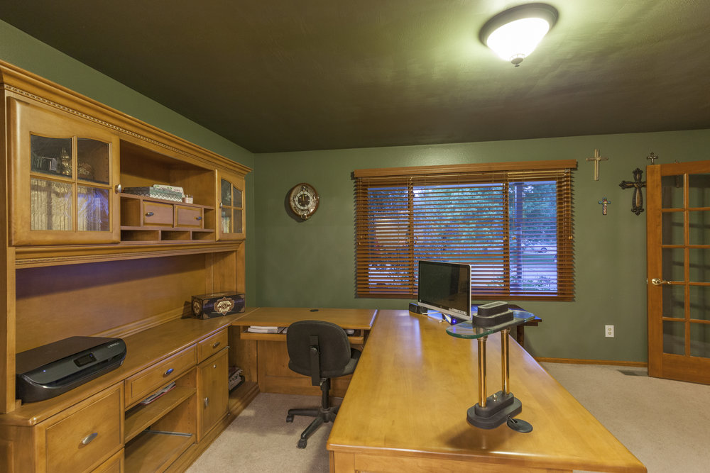 Main Floor Office/Flex Space