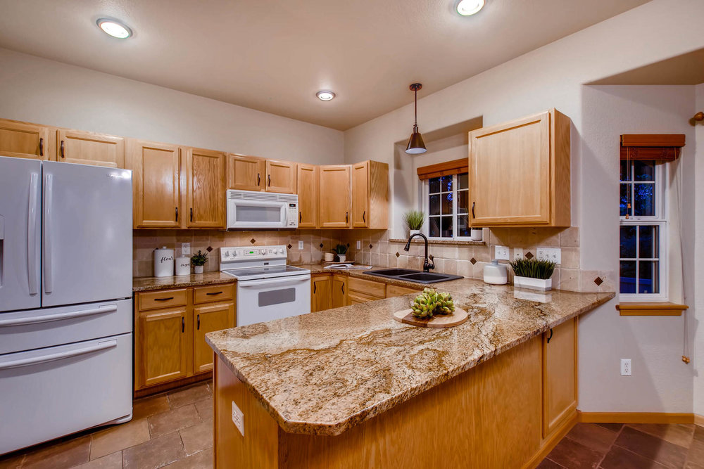 1694 Seven Lakes Dr Loveland-MLS_Size-012-8-Kitchen-1800x1200-72dpi.jpg