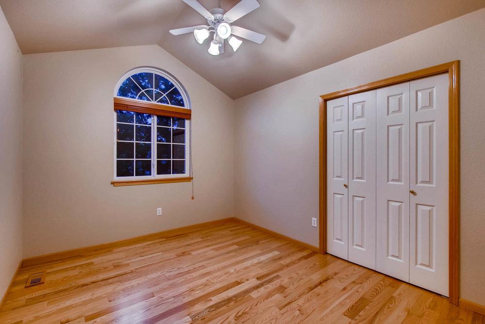 1694 Seven Lakes Dr Loveland-MLS_Size-027-29-2nd Floor Bedroom-1800x1200-72dpi.jpg