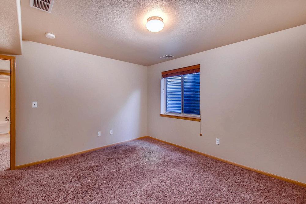 1694 Seven Lakes Dr Loveland-MLS_Size-032-36-Lower Level Bedroom-1800x1200-72dpi.jpg