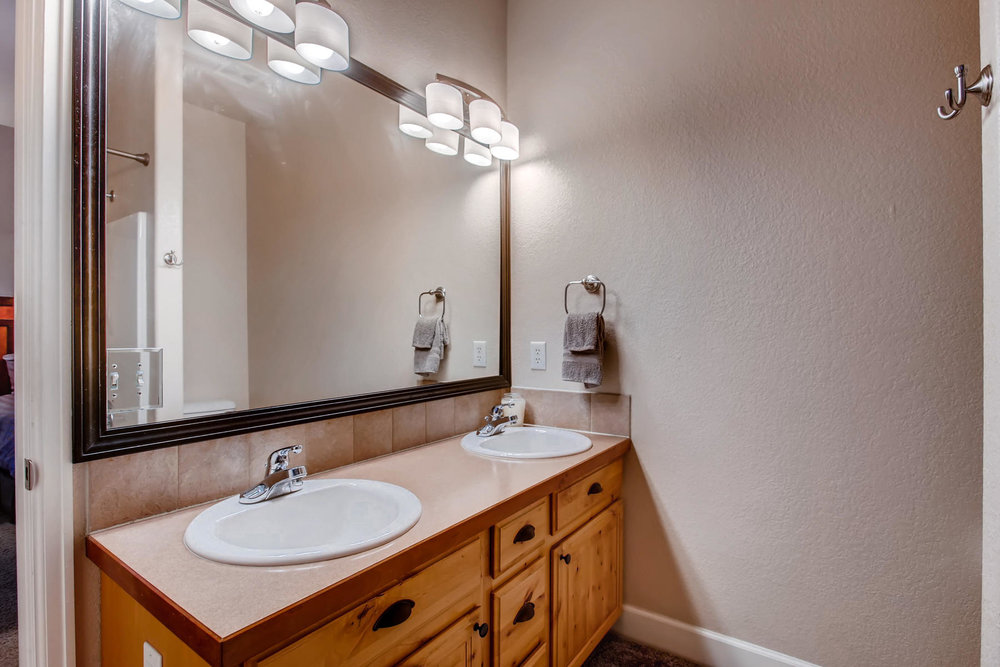 3119 57th Ave Greeley CO 80634-019-22-Master Bathroom-MLS_Size.jpg