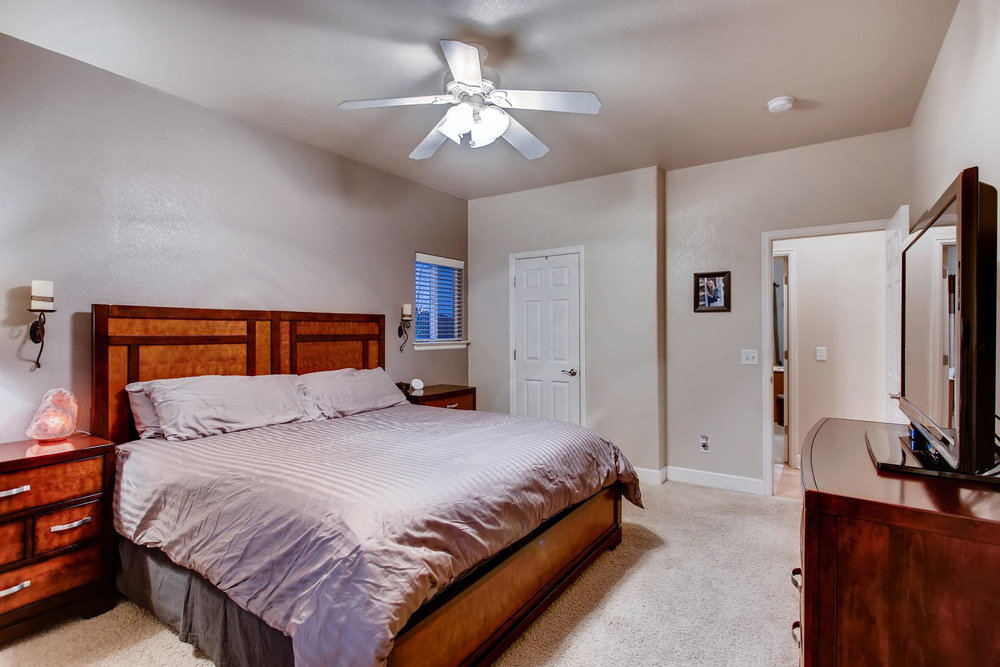 Master with LARGE Walk-In Closet & 5 Piece Bath