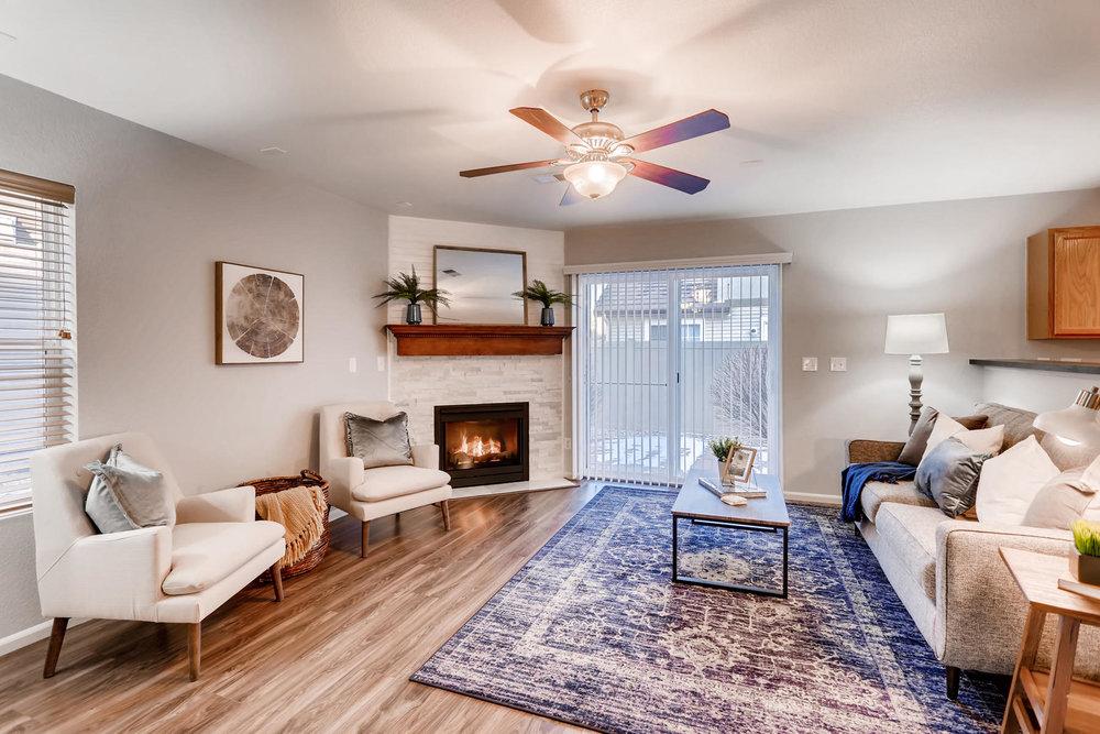3925 Beechwood Ln Johnstown CO-007-10-Living Room-MLS_Size.jpg