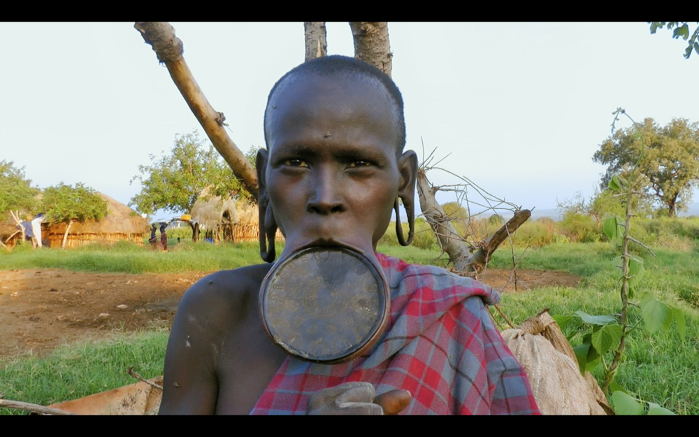 Lip Plate Walking With The Mursi.png