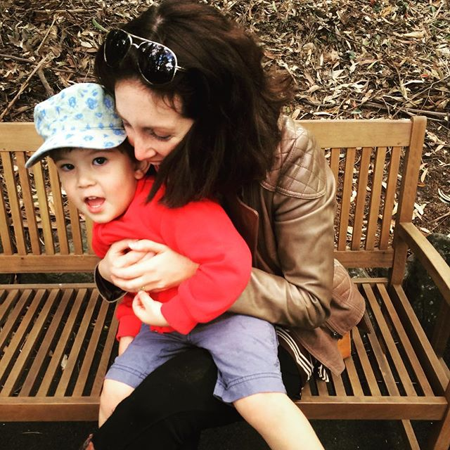 Having fun at Currumbin Wildlife Sanctuary with my little guy! It's actually hard to find a photo of myself and my kids that I actually look presentable in! #nail_snail_baby #hugsarethebest #takethephoto #ishouldlookthroughmyhusbandspics #currumbinwildlifesanctuary #familytime