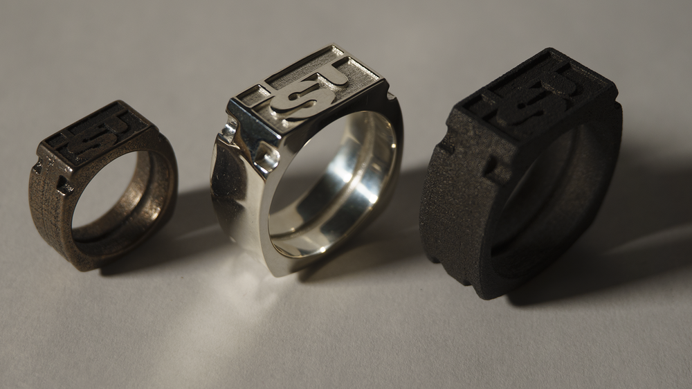 bronze-steel, polished silver, black-steel versions