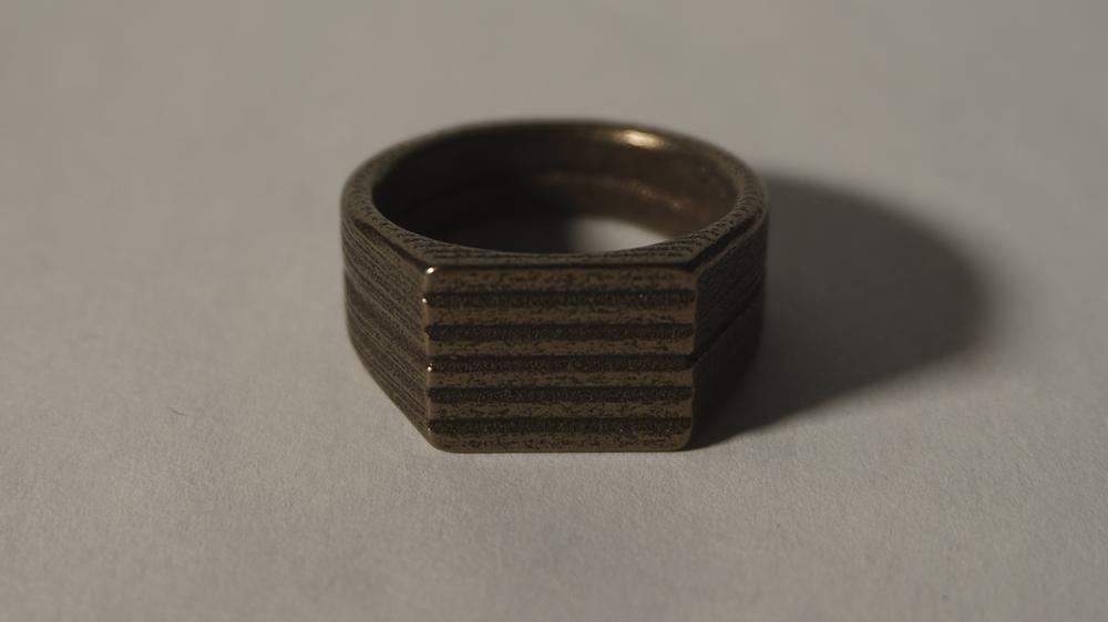 DSC07874_ps1-nut1-bronzesteel3a.png