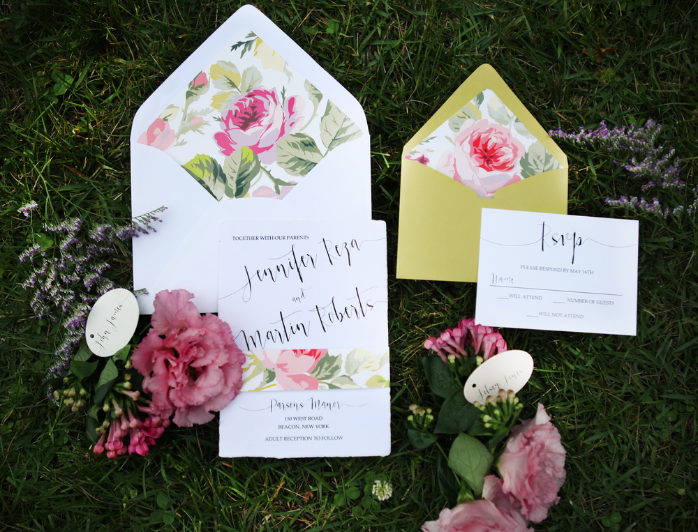 temeculaweddinginvitations.com | Upstate New York Wedding Planning | Whimsical Wedding Inspiration | Leriam Photography | Paper Villa Stationery and Design