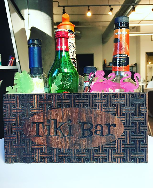 Tiki Time 🌴🌺🌸🏄🏽‍♀️ a little bar organizer and some swizzle sticks #makersgonnamake #tikibar #tikitime