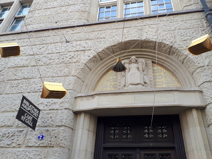 Entrance of the Library in St. Gallen © Image by the author