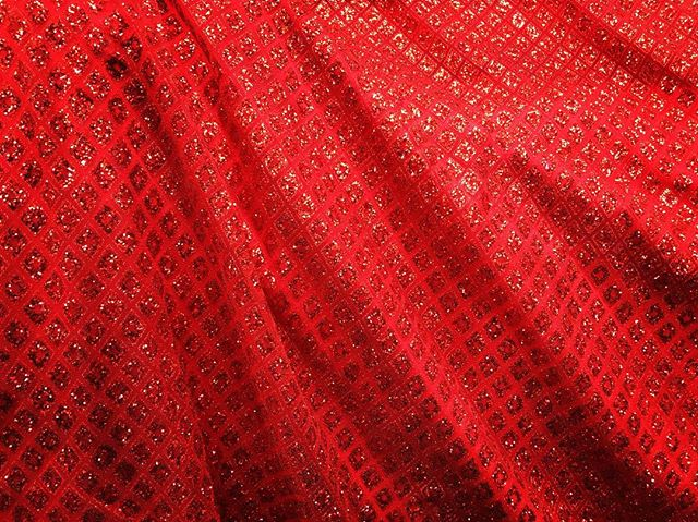Ebad Fabrics Red Cracked Ice Lace #ebad #fabrics #ebadfabrics #fabric #red #sequins #bling #lace #stretch #spandex #nyc #fabricstore #designer #design #fashion #fashionblogger #fashionista #dress #prom #prom2k17 #prom2017 #promdress #dress #stunning #beautiful #diamond #summer #style #sew #luxury #geometric