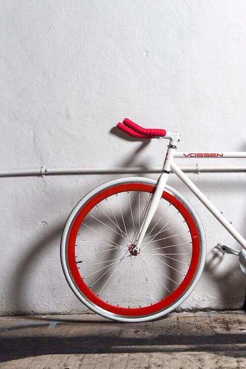 punkmonsieur :   Awesome bike