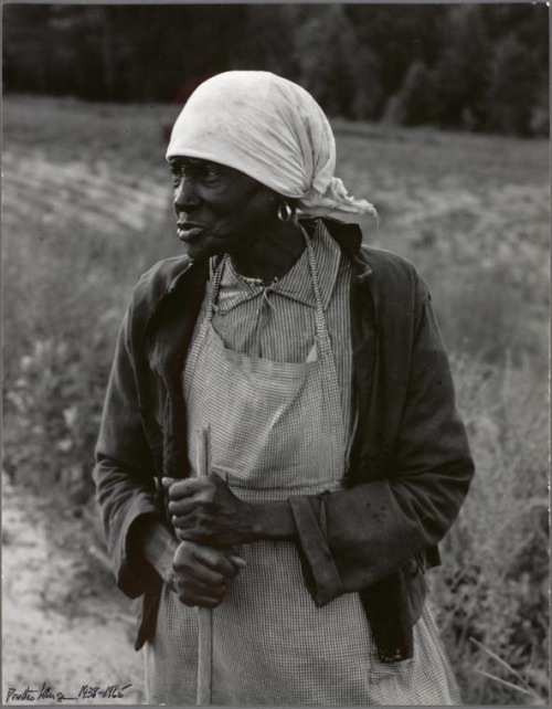valscrapbook :      imustconcentrate :  Ex-slave with a long memory. Alabama, 1938.