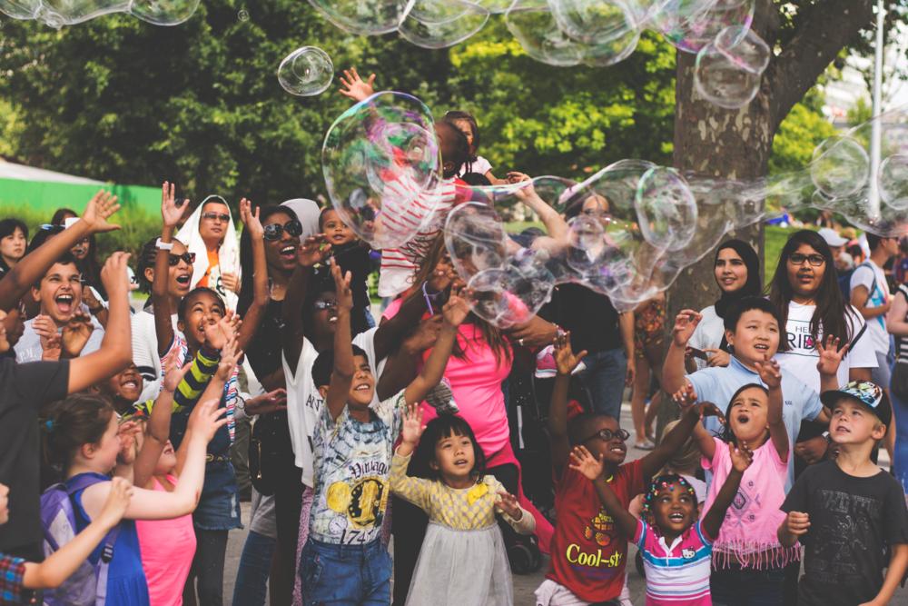 BubblesAndKids.png