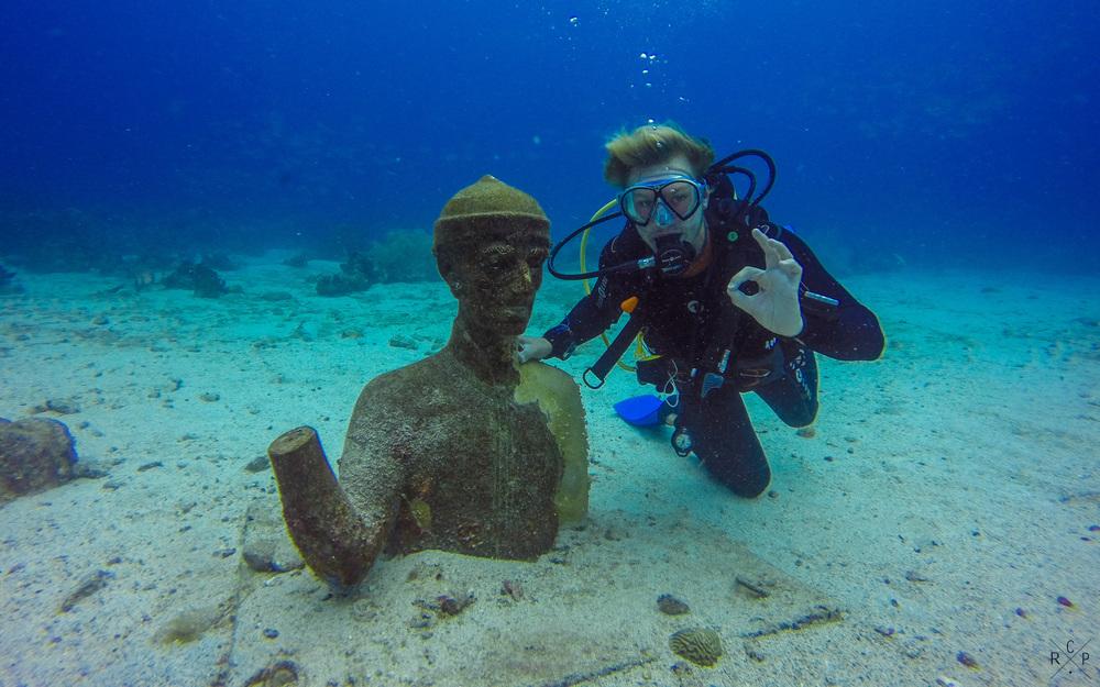 OK Jacque? - Tombant aux Carangues, Jacque Cousteau Underwater Reserve, Guadeloupe 12/04/2016