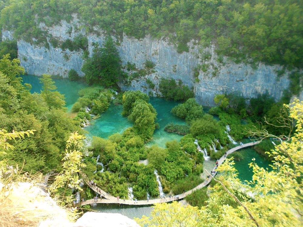 Plitvice Lakes National Parks Croatia.png